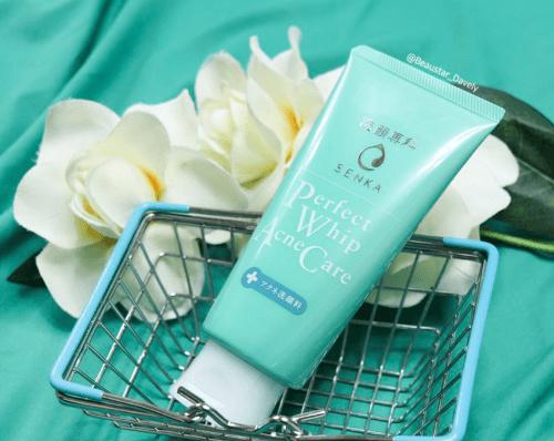 Senka Perfect Whip Acne Care giảm mụn trong 4 tuần sử dụng