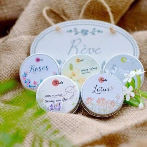 Nước hoa dạng sáp Kidi mang đến 5 mùi hương đặc biệt