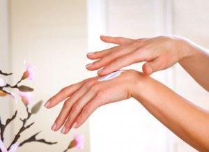 Da tay mịn màng giúp chị em tự tin hơn