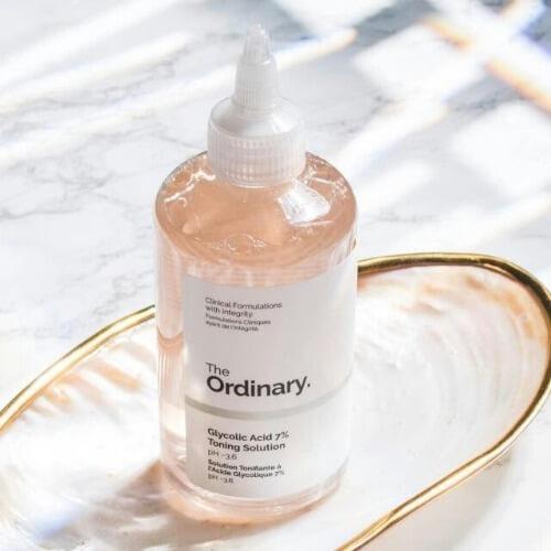 Nước hoa hồng Ordinary giúp làm sạch sâu cho da