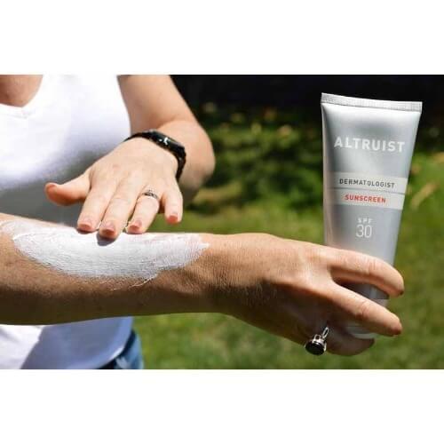 Chiết xuất từ thành phần lành tính, Altruist sử dụng cho mọi loại da