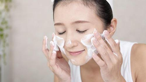 Sữa rửa mặt PHA 5.5- làm sạch sâu cho da