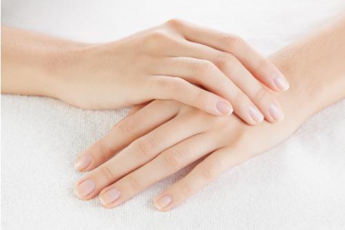 Đôi bàn tay đẹp là mơ ước của nhiều cô gái