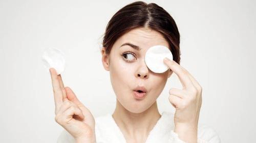 Sử dụng toner đúng cách giúp skincare hiệu quả